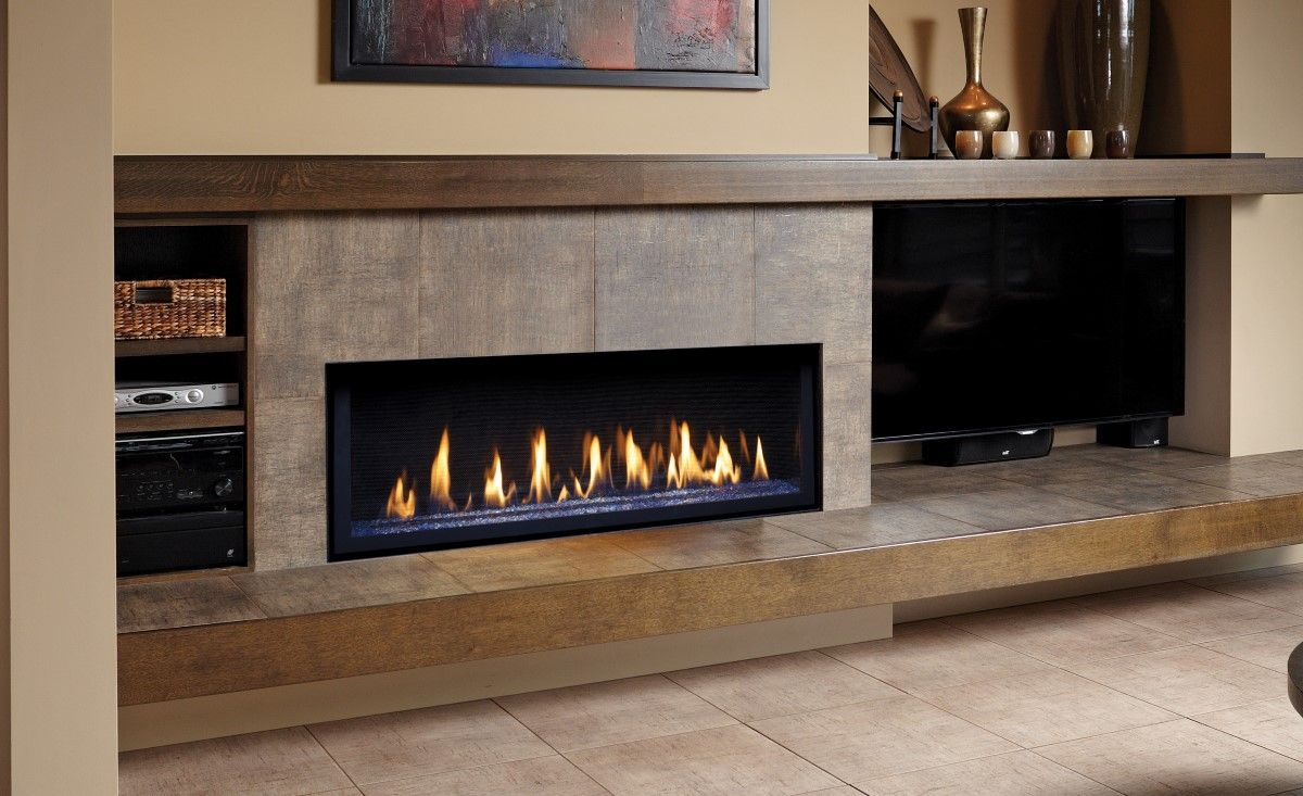 Cheminee Ethanol Metz Linear Fireplace With Long Hearth And Mantle Tv On The Side