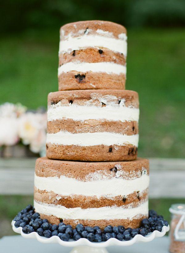 Nice Blueberry Wedding Cake Without Frosting