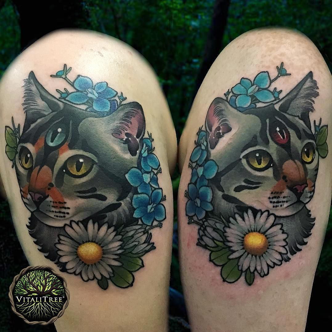 Feast Your Visual Senses Upon This Delicacy Of Tattoo Spirit Beautiful Feline Energy Bestietattoos By The Most Excellent Tif Tattoos Life Tattoos Shoulder Tattoo