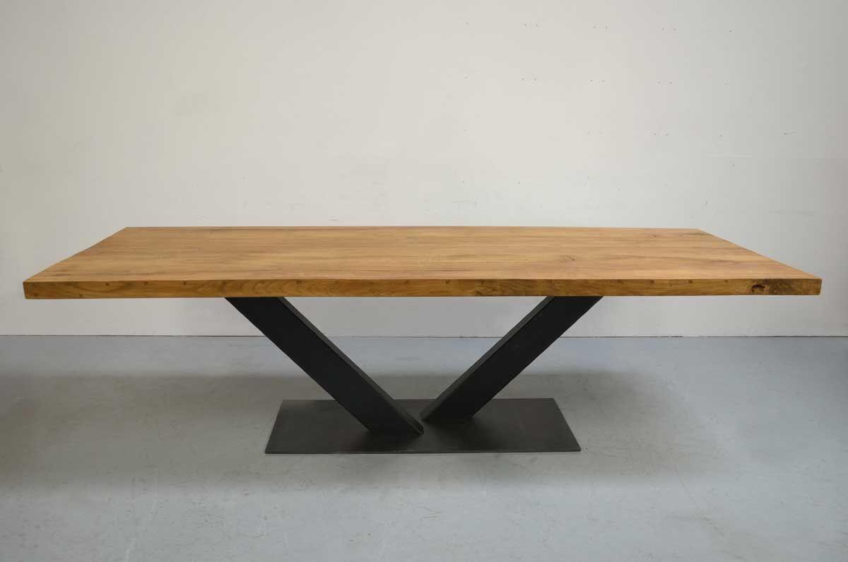 V Steel Industrial Tischgestell Ansicht Mit Tischp