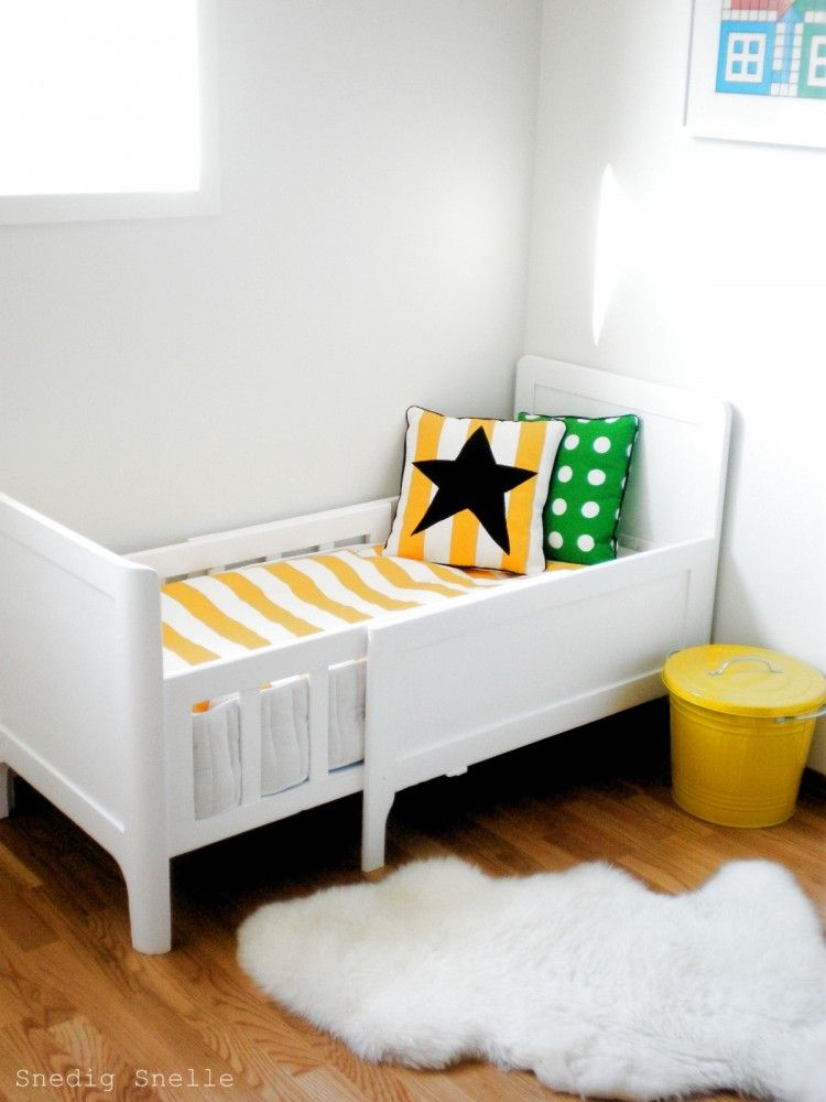 I Love This Little Bed For Small Spaces In 2019 Small