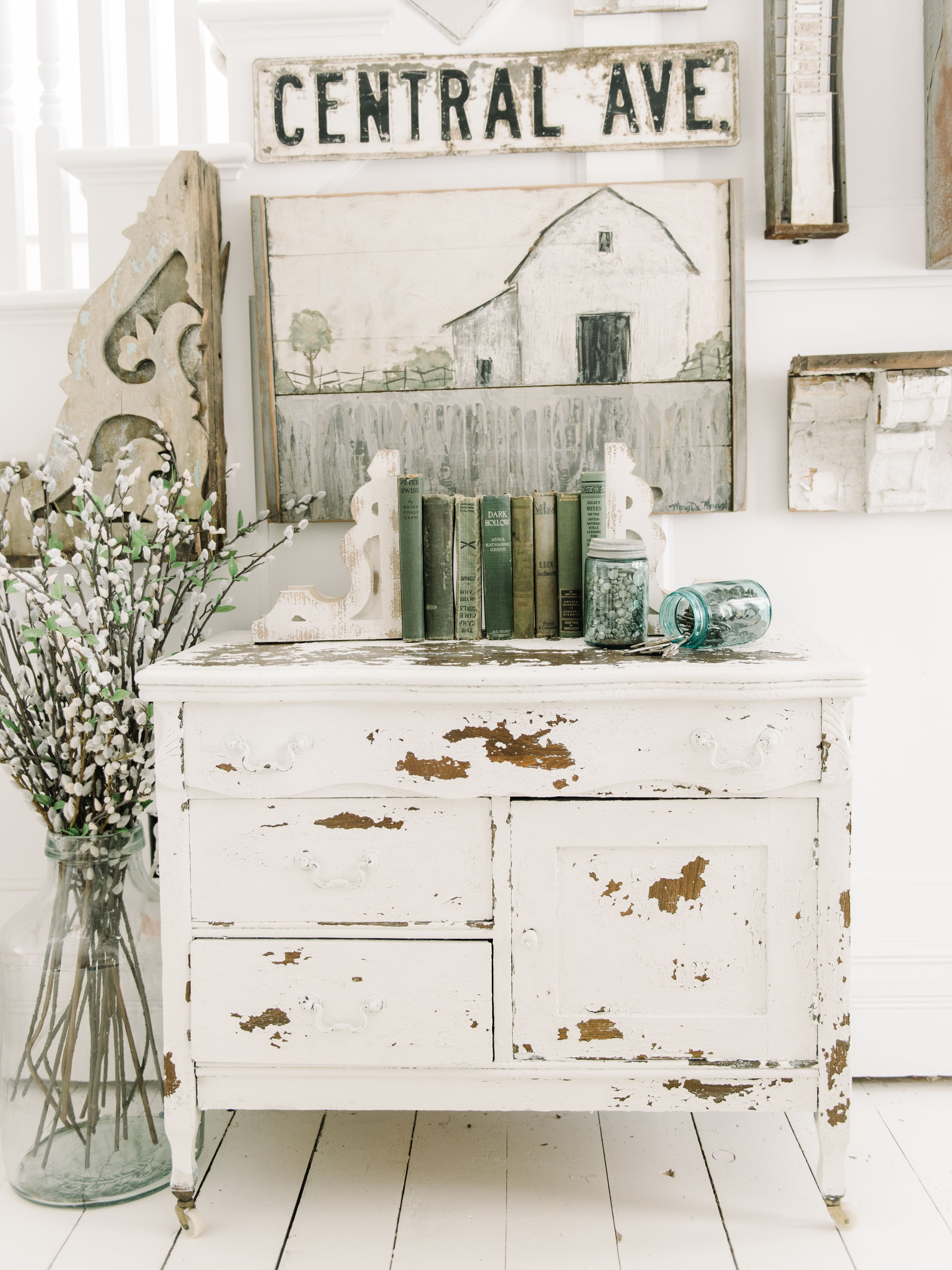 Chippy White Dresser With Salt Wash Ideas De Muebles Vidrieras  # Muebles Acabado Wash