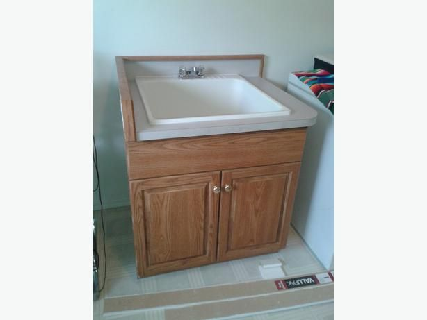 Oak finish utility sink/laundry tub with cabinet Lake Cowichan ...