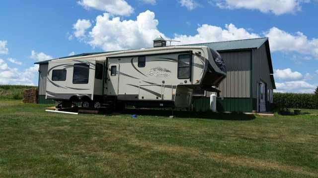 2012 Used Heartland Big Country 3510rl Fifth Wheel In Illinois Il