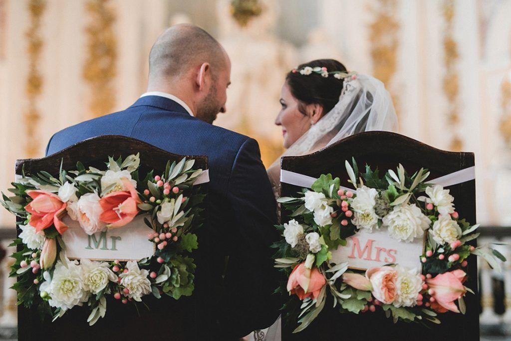 Wedding Mr Mrs In 2020 Hochzeitsplanung Hochzeitsfotograf Russische Hochzeit