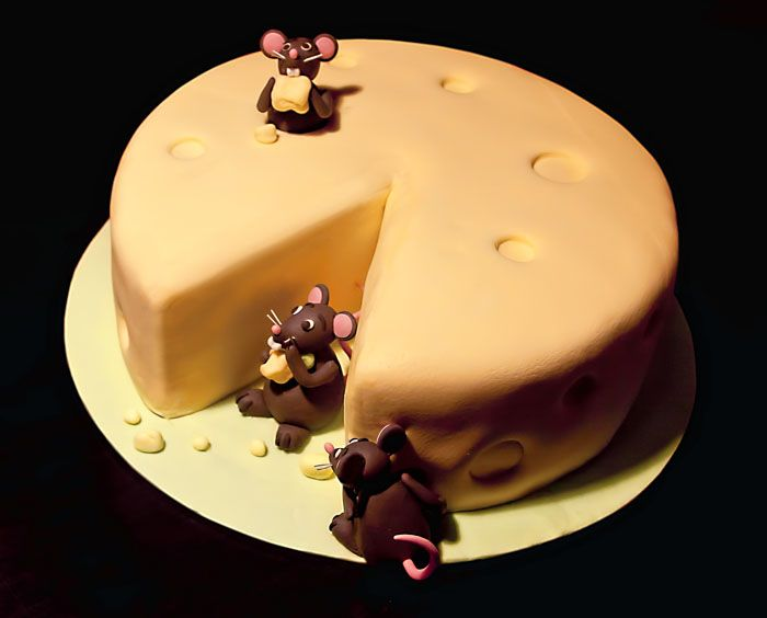 Mice Eating Cheese Cake Perfect For The Mouse Lovers Themed Party