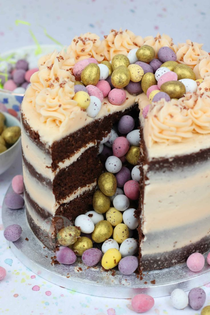 Photo of Easter Piñata Cake! – Jane's Patisserie – Ostern