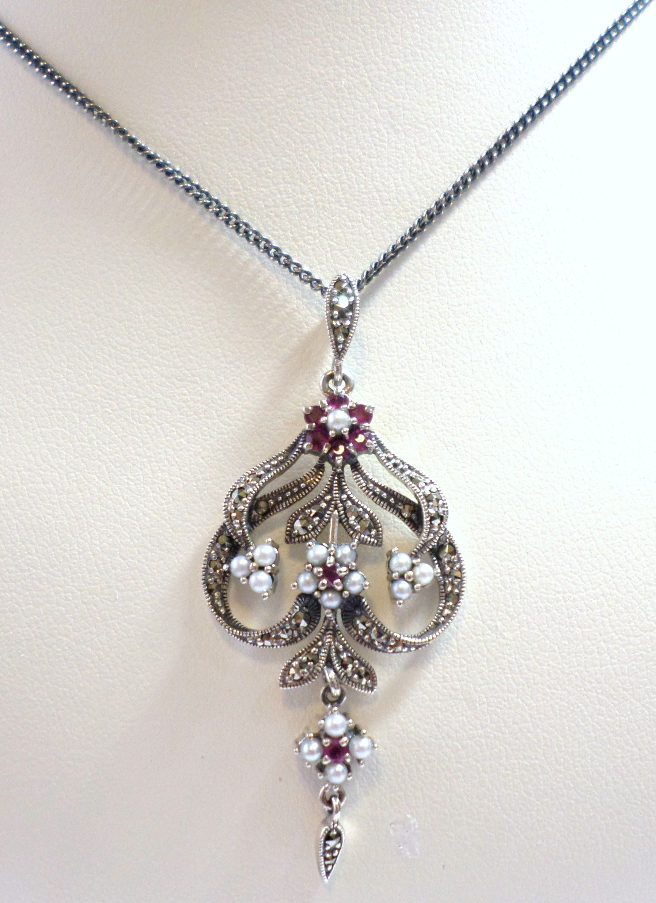 Sterling Silver Flower Daisy Pendant Set With Marcasite Cultured Freshwater Seed Pearls And Ruby Vinta Sterling Silver Flowers Marcasite Jewelry Daisy Pendant