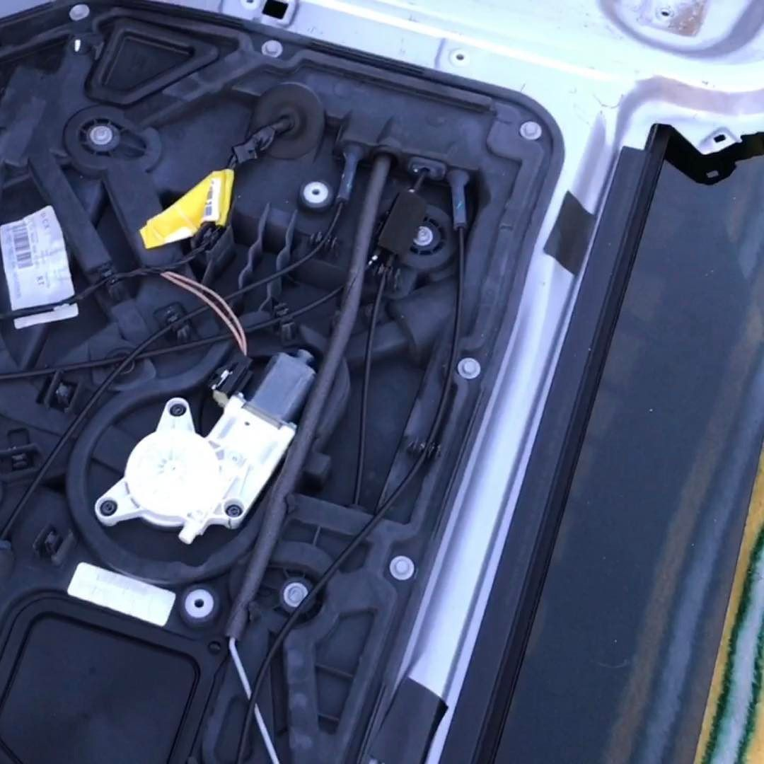 2009 Chrysler Town And Country Sliding Door Removal And Power Window