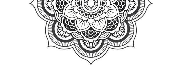 half mandala for sternum tattoo pinterest tatouage. Black Bedroom Furniture Sets. Home Design Ideas