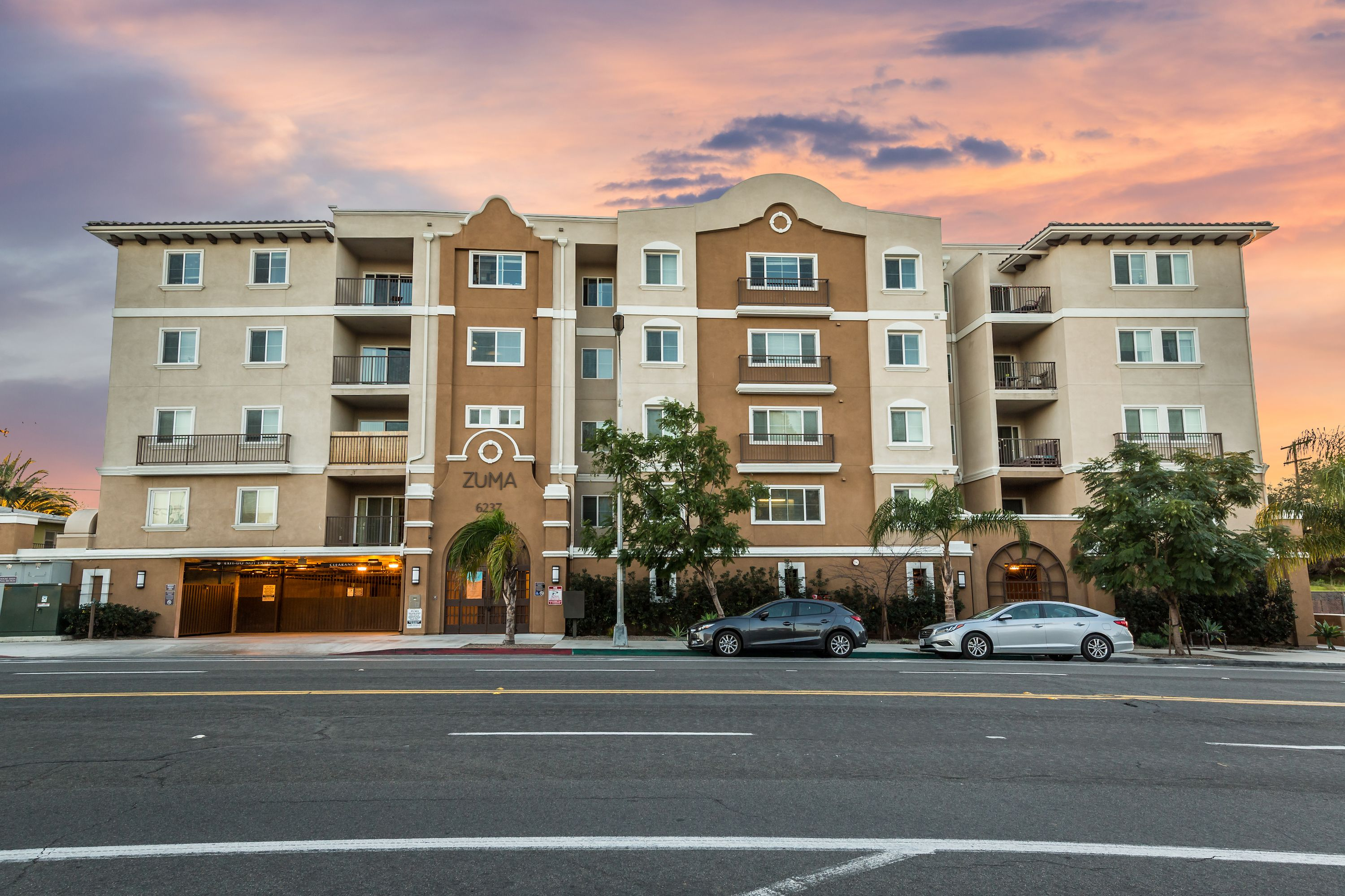 Zuma Student Housing Is Within Walking Distance To Sdsu Student Apartment Student House Private Patio