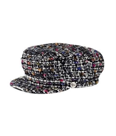 e76ef1c0fe9 Lovin  this Chanel captain s hat ❤ Saw it in the store  amp  almost died