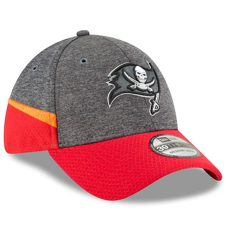 Tampa Bay Buccaneers New Era 2018 NFL Sideline Home Graphite 39THIRTY Flex  Hat – Heather Gray Red 5ff8c648d