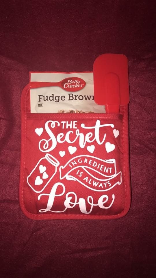 Pin By Boardman Printing On Pot Holder Crafts Vinyl Gifts Pot Holder Crafts Cricut Crafts