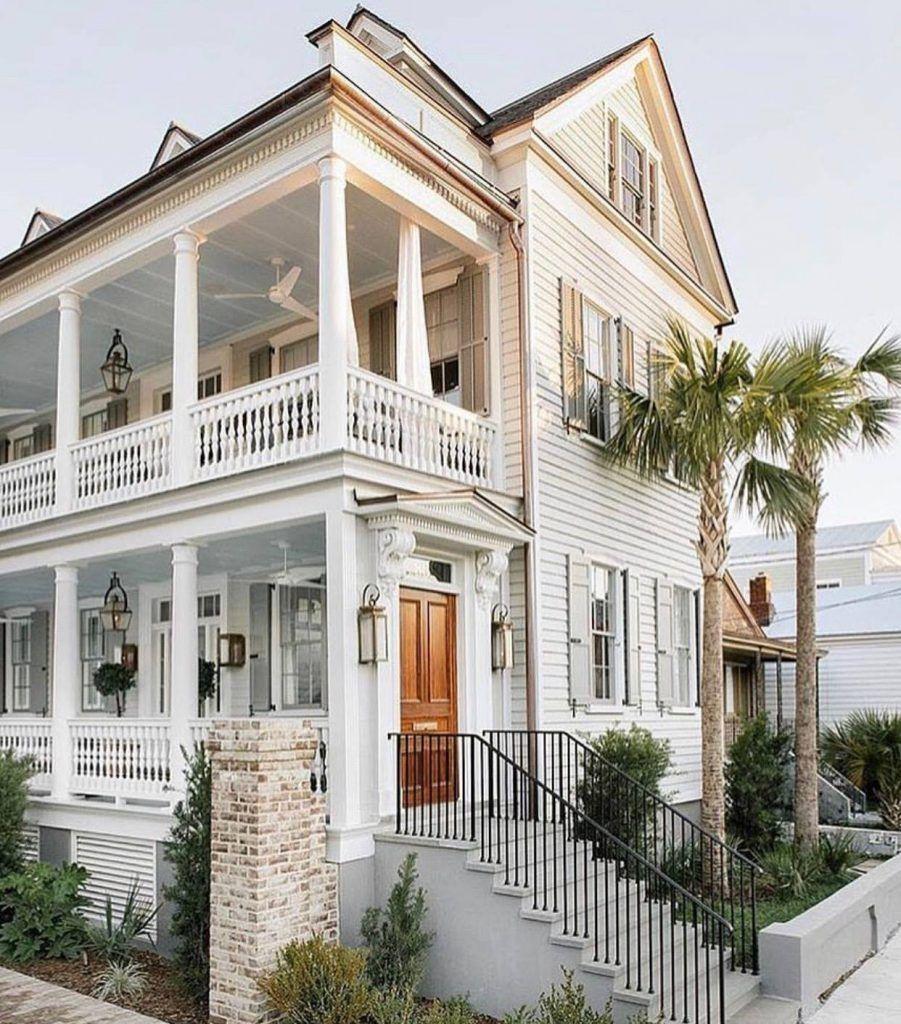 If Money Grew On Trees Gorgeous Homes Of Instagram Luxury Beach House Beach House Design Beach House Interior