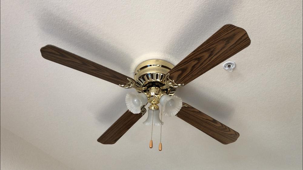 Diy Ceiling Fan Makeover Idea On A Budget In 2020 Ceiling Fan