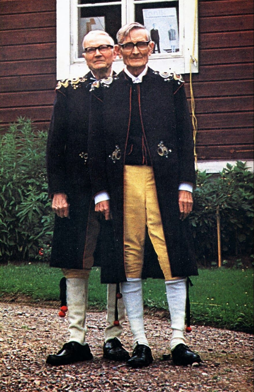 Mens Costume Of Leksand Dalarna Sweden And Leksand Embroidery Swedish Fashion Traditional Outfits Folk Costume