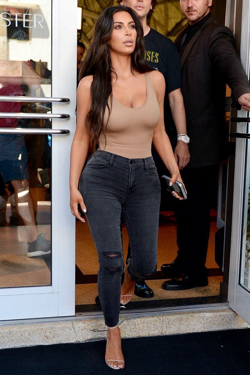 c464d04ac17 Pinterest  allymcelhone. Pinterest  allymcelhone Kim Kardashian Skinny