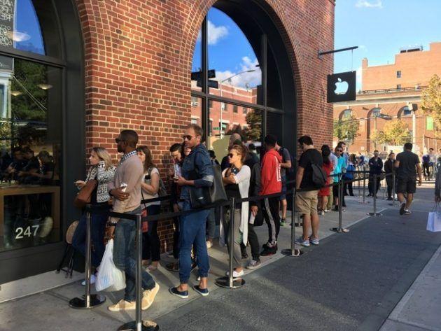 La produzione degli iPhone 7 va ancora a rilento