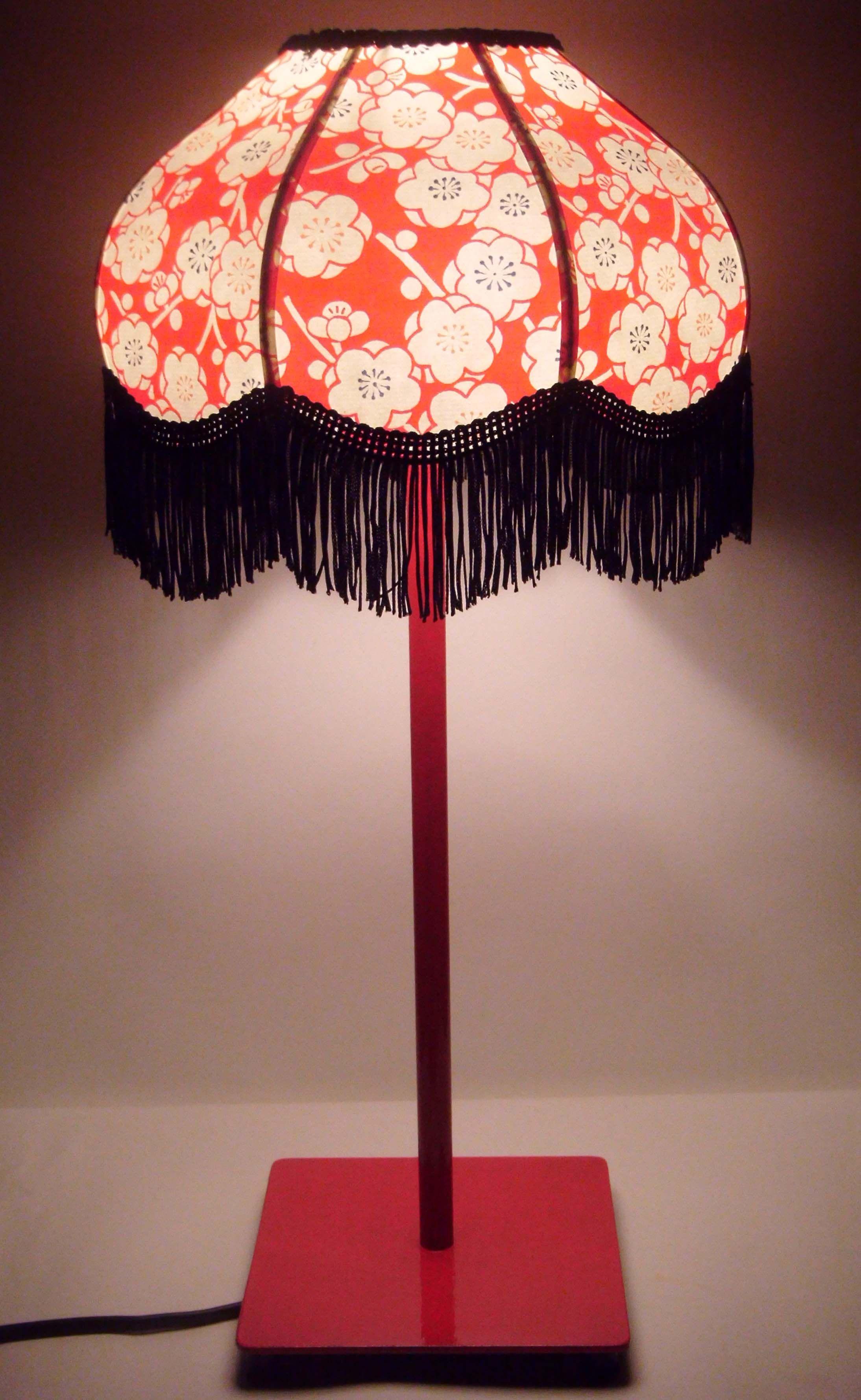 Lampe rétro en papier japonais  frange Déco folk Déco bobo