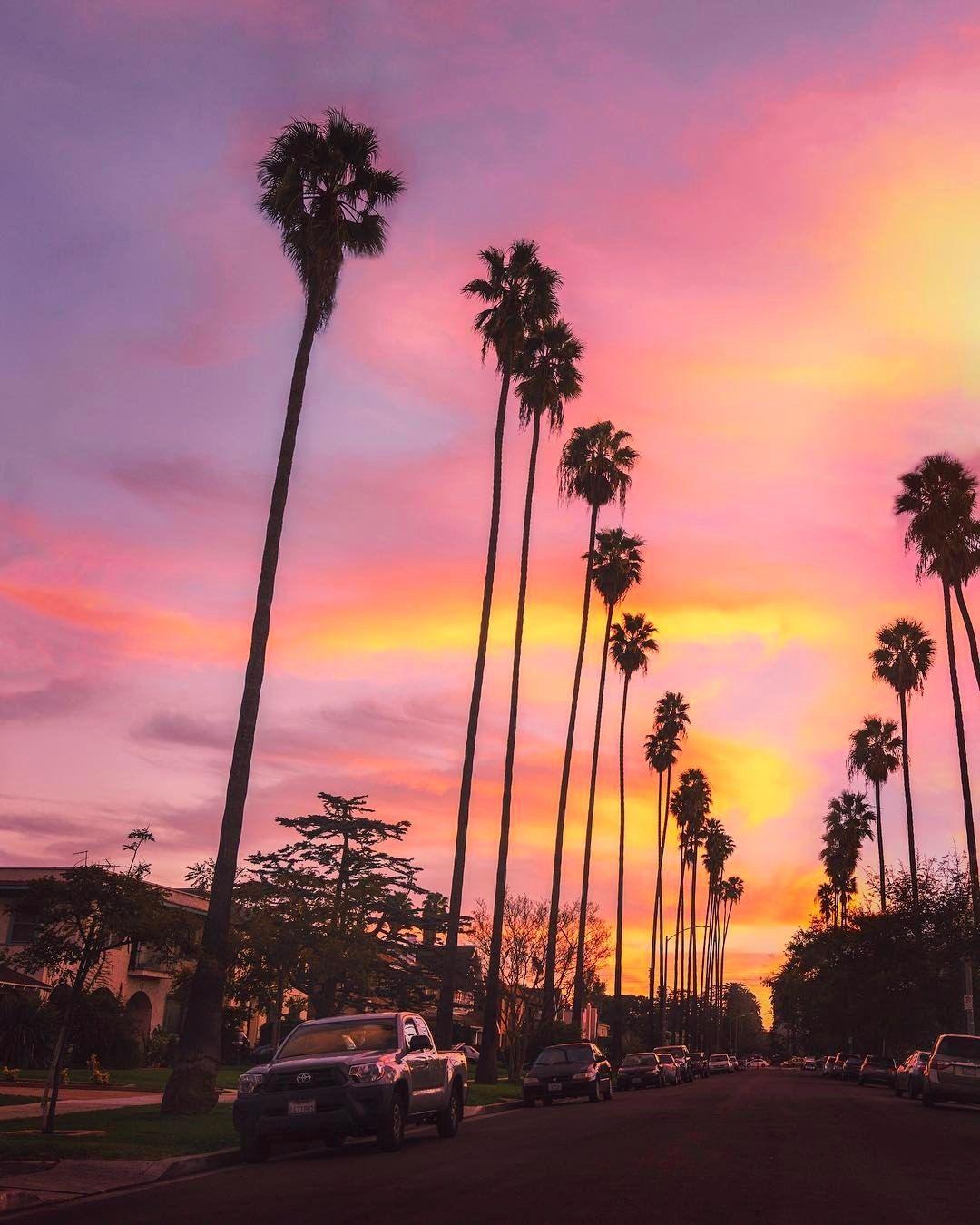 Koreatown Los Angeles Ca Koreatown Los Angeles Los Angeles Travel Sunset Wallpaper