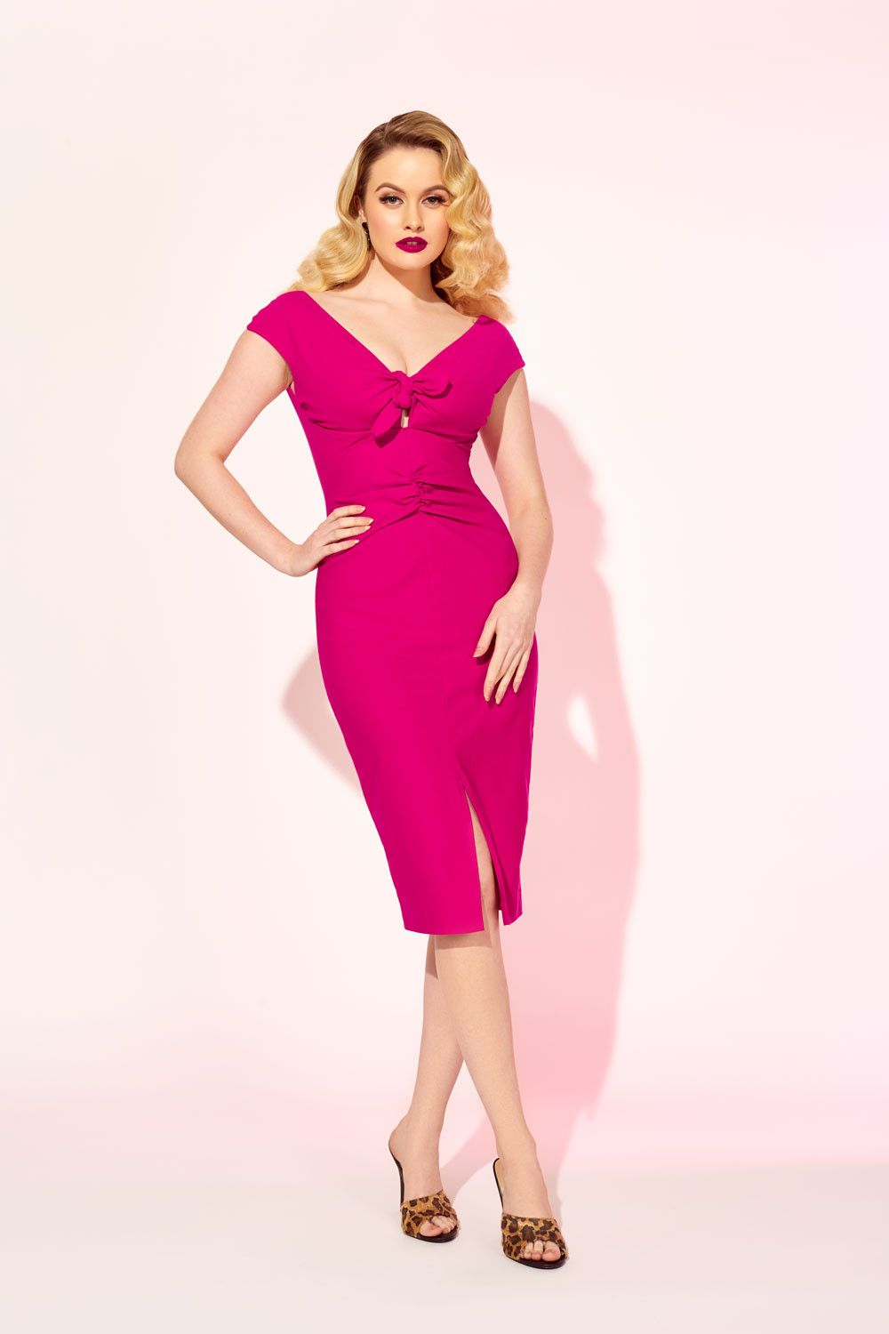 f1093b1a60aca Vintage Wiggle Dress in Hot Pink Bengaline | Vintage Dresses in 2019 ...