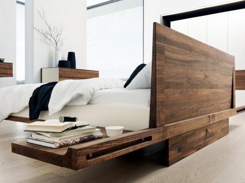 Betten aus Holz Eiche, Esche, Buche oder Nussbaum
