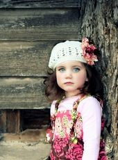 Magnifique Kufi Hat in Brown Pink Pale Yellow and Cream