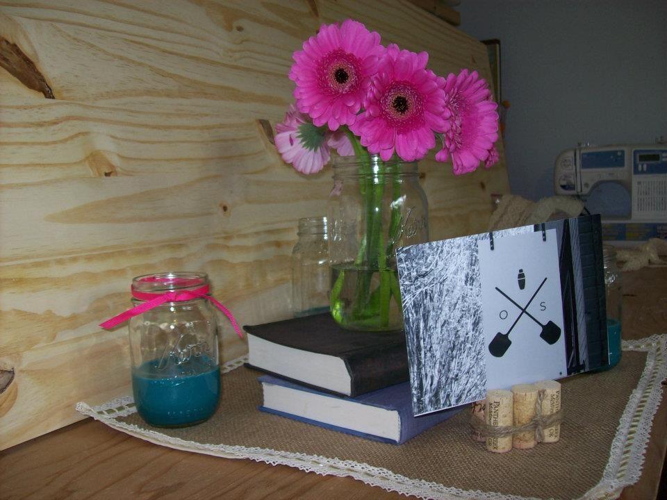 Wedding: centerpieces. Burlap/lace squares, candles, wine corks, books & mason jars