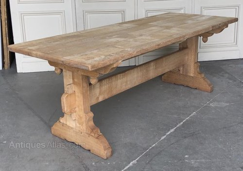 Rustic French Bleached Oak Farmhouse Dining Table In 2020 Dining Table Rustic French Country Kitchen Tables