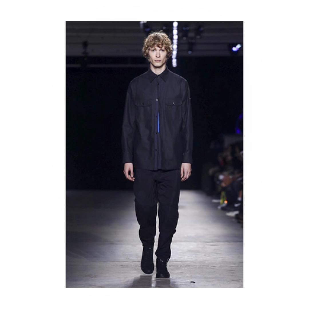 Rising star model @svendvries last night  walking for @ragandbone #ragandbone #nyc #svendevries #unsignedmgmt #nyfw