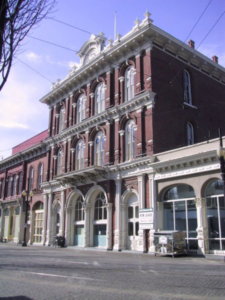 1872 New Market Theater Cast iron buildings in Portland