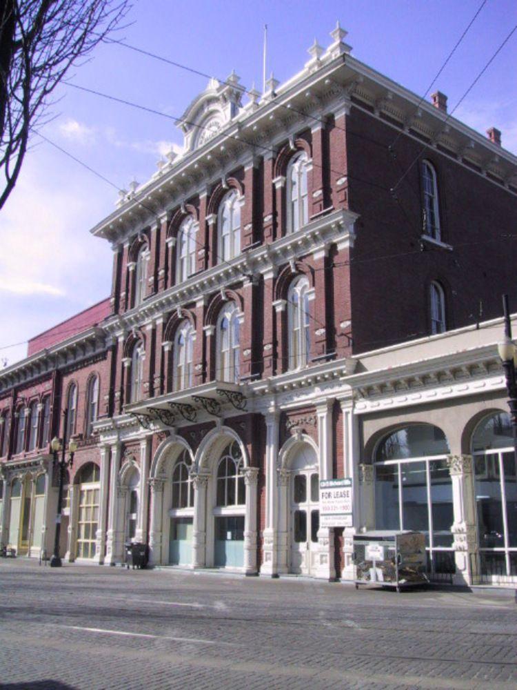 New Market Theater Cast Iron Buildings In Portland Oregon - Oregon encyclopedia