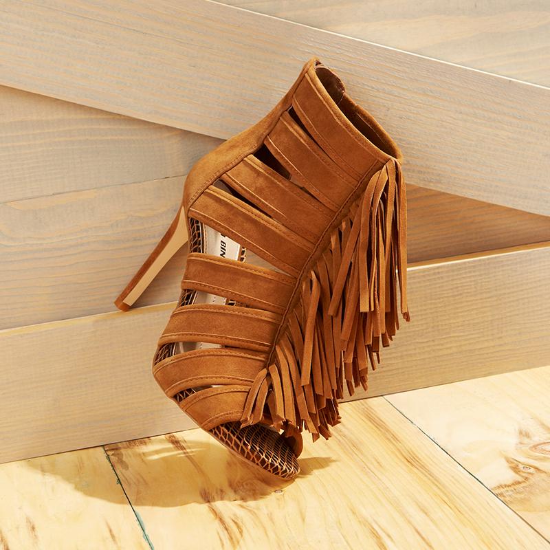 The CUTEST shoe of the season!