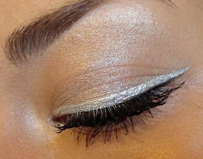 La Girl Line Art Matte Eyeliner Review : B u l e g a r m barry silver metallic liquid eyeliner
