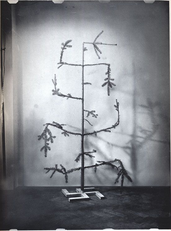 O Tannenbaum (Oh, Christmas Tree), how crooked are your branches.. #johnheartfeld #photomontage is a timeless warning of how a season of joy, peace, & love can be perverted by greed, despair, & hatred. Straighten the branches - Celebrate Heartfield (And All Progressive) Art! https://goo.gl/yaV8ct