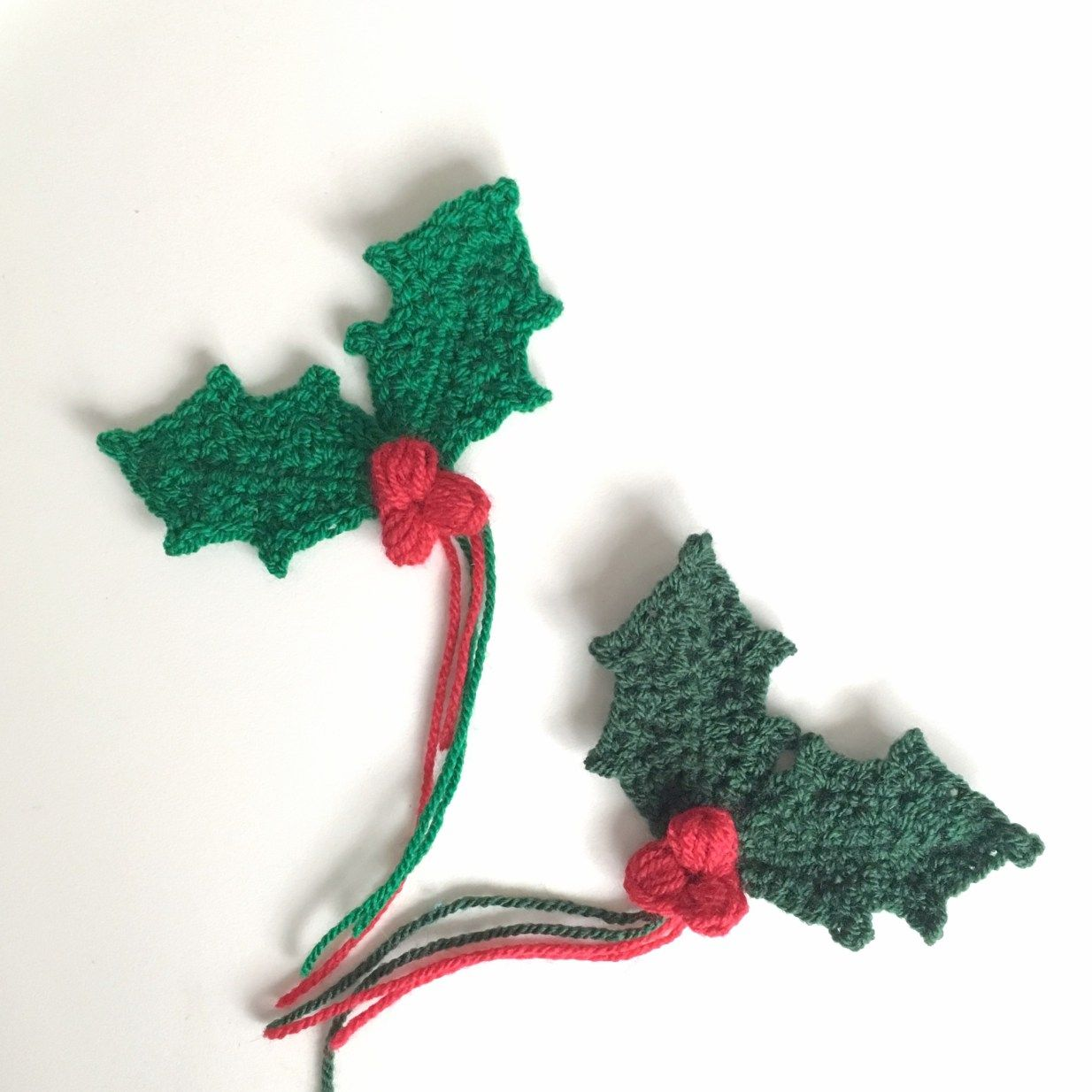 Holly Sprig With Berries - Free Crochet Pattern & Tutorial   Crochet ...