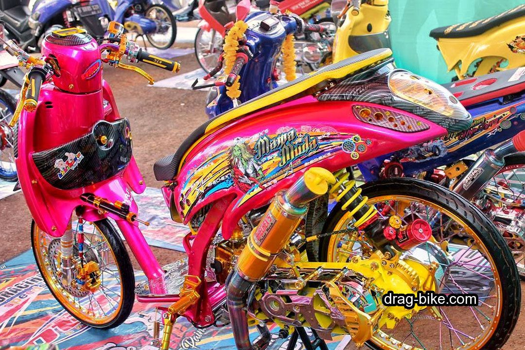 40 Foto Gambar Modifikasi Scoopy Thailook Simple Jari Jari Velg 17