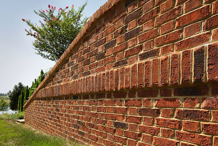 When Is A Wall More Than Just A Wall When It S A Brick Wall This Privacy Wall Features A Flemish Bond Pattern And Corbelled Sol Brick Design Brick Wall Brick