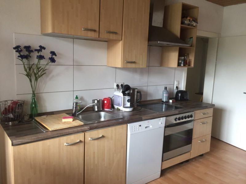 Single Küche abzugeben. Die Küche ist in einen top Zustand