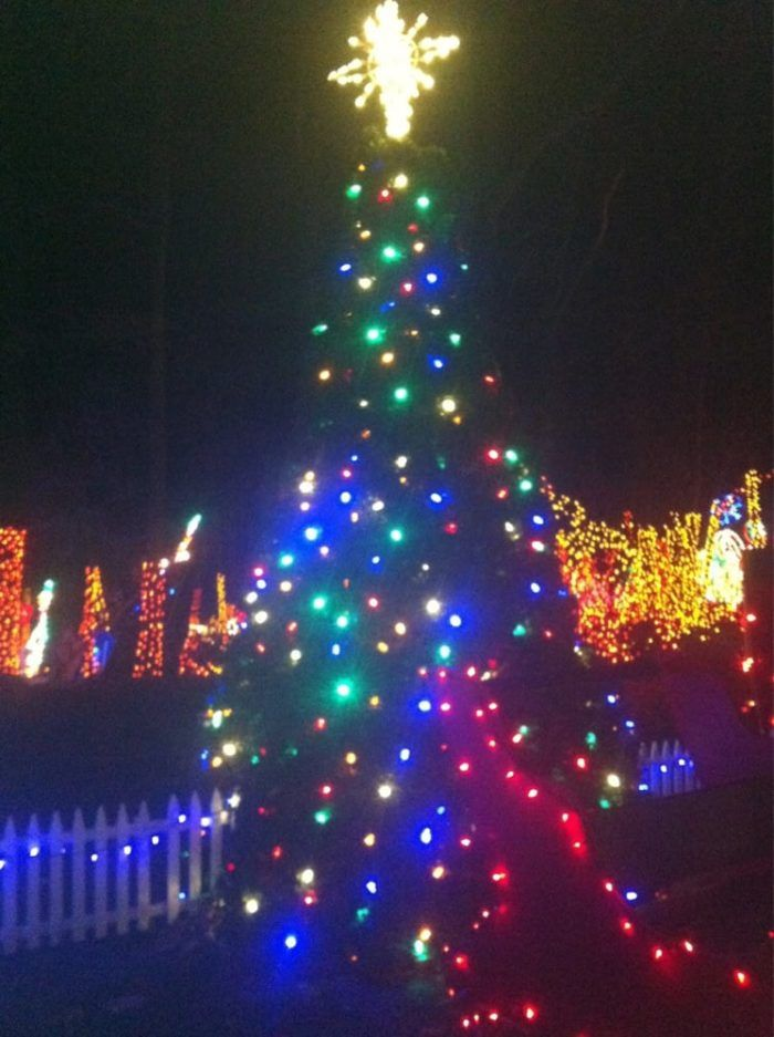 15 christmas light displays in pennsylvania that are pure magic