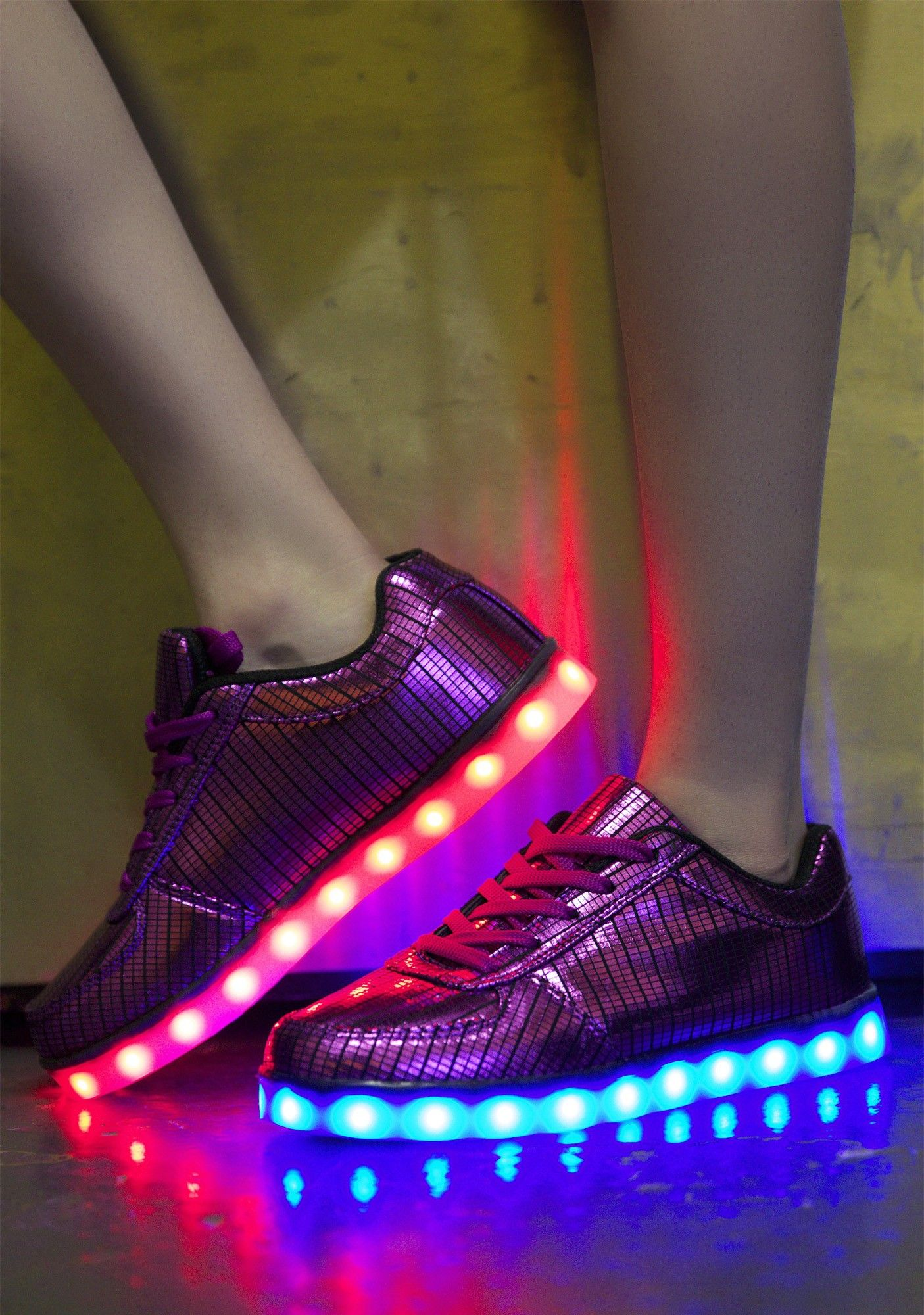 Electric Styles Electro Light Up Shoes  575abf5e2f35