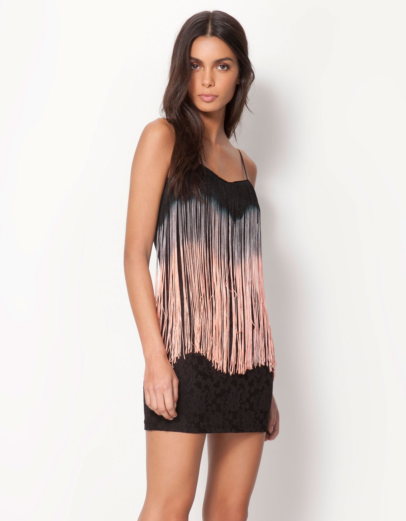 los Angeles encanto de costo diferentemente Vestido Bershka encaje detalle flecos Precio: 22,99 € Ref ...