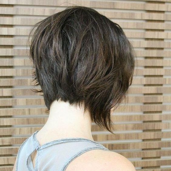 Eu aderi o cabelo curto já faz um tempo, desde que cortei senti uma liberdade…
