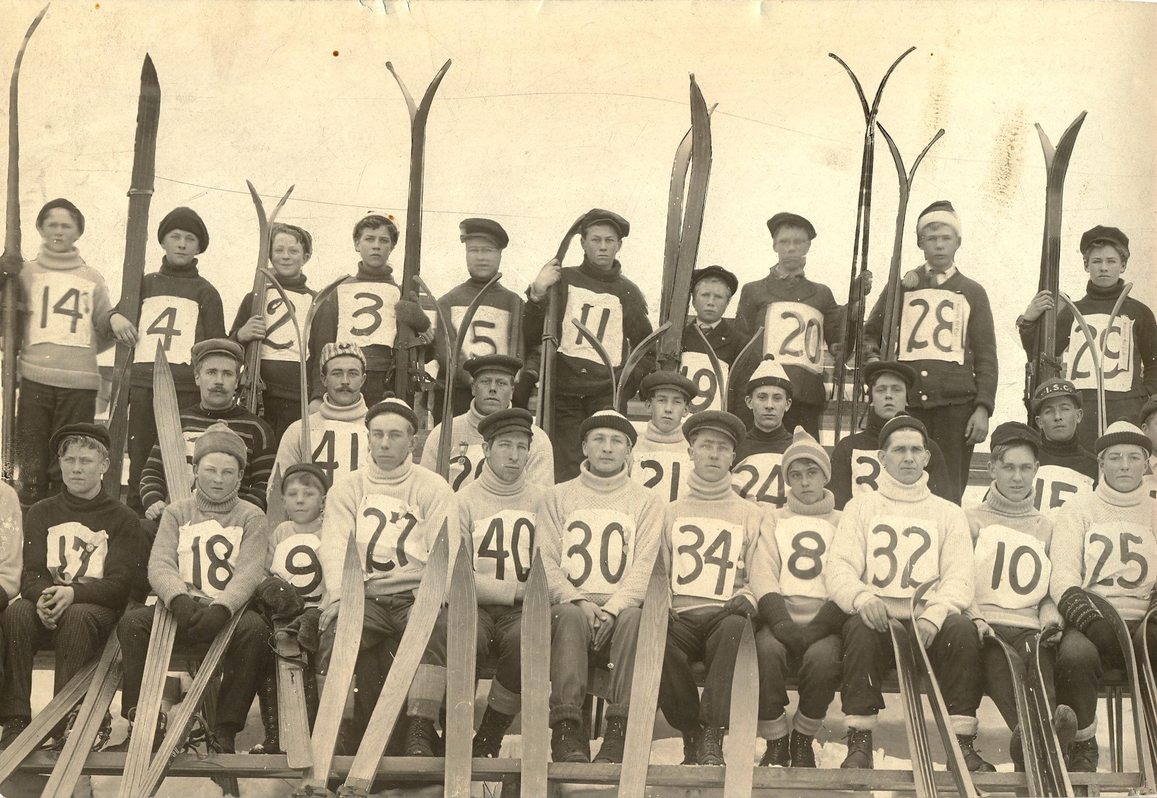 1920 S Ski Jump Team Chester Bowl Duluth Mn Ski Jumping Duluth Skiing
