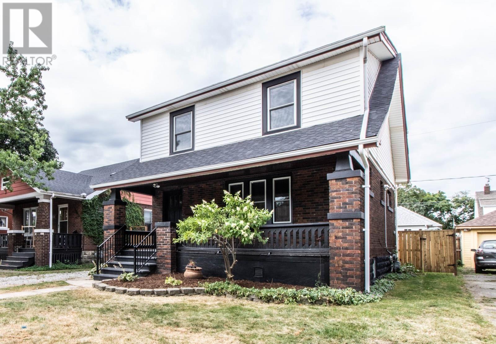 MLS 19026246 2179 WINDERMERE, Windsor, Canada Property