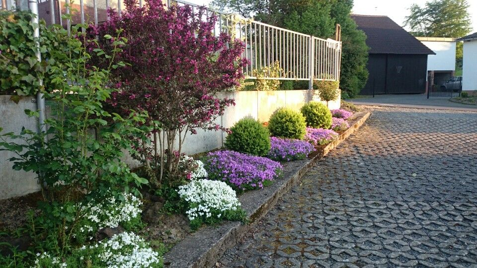 Einfahrt, Blumenbeet, Vorgarten, Garten Pinterest