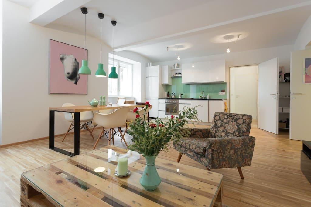 Palettentisch fürs Wohnzimmer #DIY #Palettentisch #Wohnzimmer - lampen fürs wohnzimmer