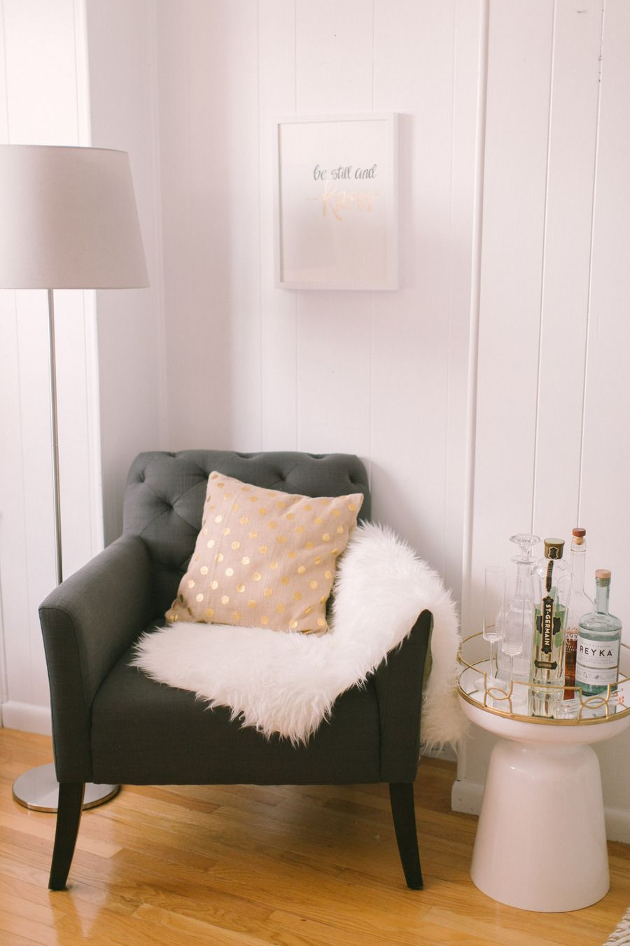 Livingroom readingchair stools sheepskin sidetable
