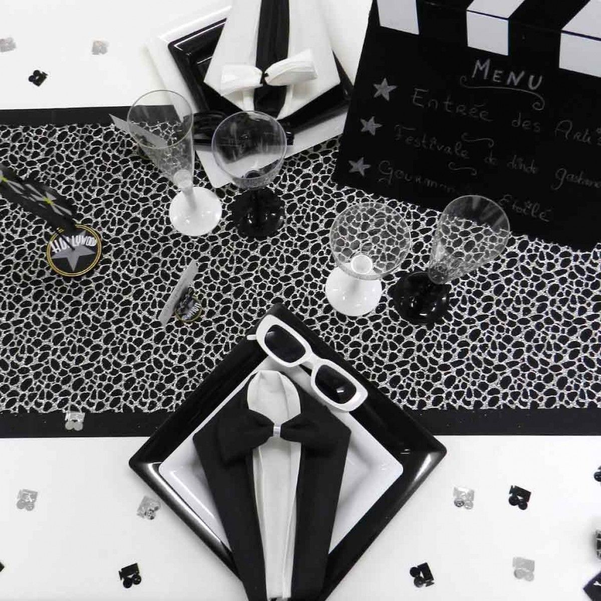 d coration de table sur le th me noir et blanc. Black Bedroom Furniture Sets. Home Design Ideas